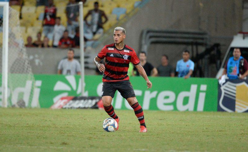 dba6d6995a03f Vale colocar as fichas no Flamengo na Libertadores  Veja as melhores  apostas para o duelo do Rubro-negro diante da LDU no Maracanã