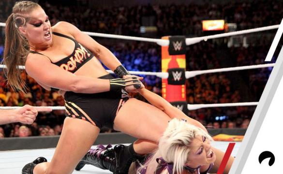 Ronda Rousey Dislocates Alexa Bliss' left arm during their match at SummerSlam in 2018