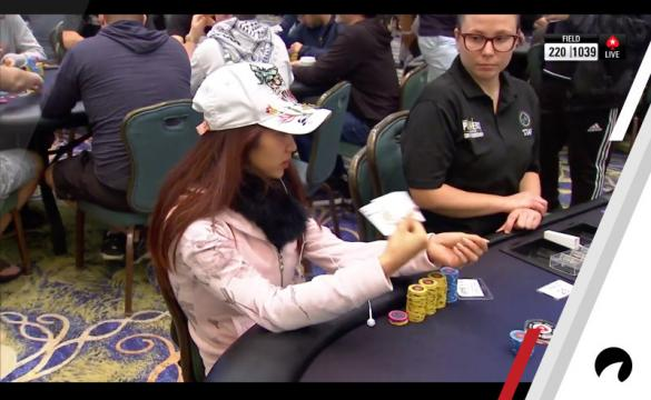 Thi Xoa Nguyen makes an incredible fold.