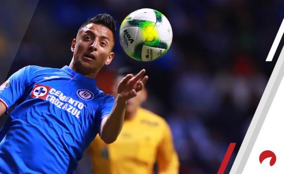 Roberto Alvarado Cruz Azul vsPumas UNAM Betting Odds Preview Liga MX soccer Mexico