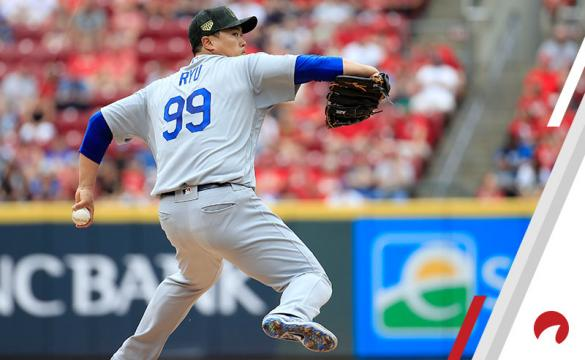 Hyun-Jin Ryu #99 of the Los Angeles Dodgers throws a pitch against the Cincinnati Reds at Great American Ball Park on May 19, 2019 in Cincinnati, Ohio.