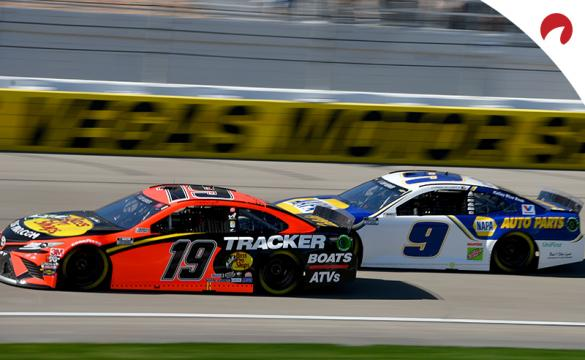 Martin Truex Jr and Chase Elliott racing at Las Vegas Motor Speedway