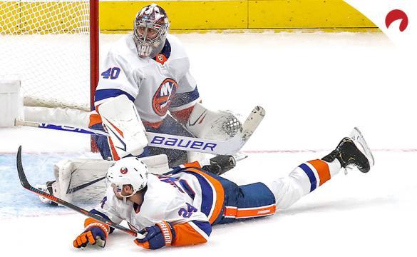 Semyon Varlamov Scott Mayfield NHL Stanley Cup playoffs Game 2 Betting Preview: New York Islanders vs Tampa Bay Lightning
