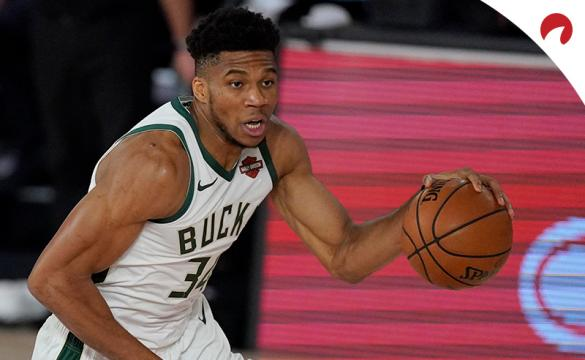 NBA Playoff Odds 2021 Season Giannis Antetokounmpo driving to the hoop