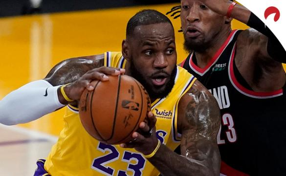 NBA Championship Odds December 29, 2020 LeBron James dribbling up the court