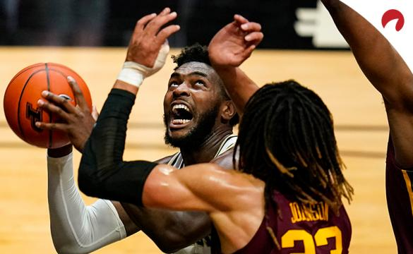 Purdue forward Trevion Williams and the Purdue Boilermakers are home betting favorites in NCAAB odds Tuesday night vs the Michigan State Spartans.