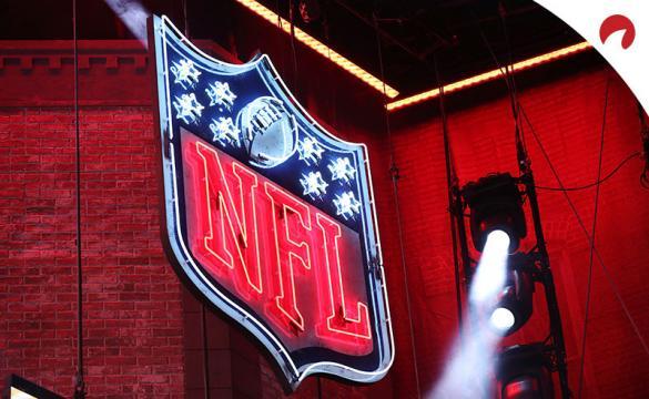 Trevor Lawrence es el favorito para ser elegido primero en las apuestas del Draft de la NFL 2021.