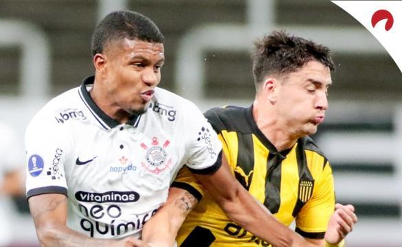 Corinthians se prepara para enfrentar Peñarol.