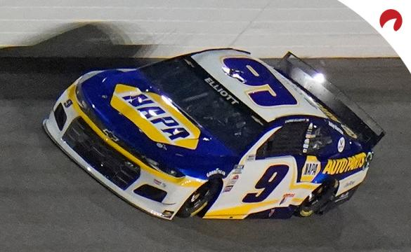 Chase Elliott is the favorite in the EchoPark Texas Grand Prix odds.