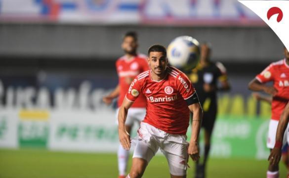 Inter enfrenta Atlético-MG no Brasileirão 2021.