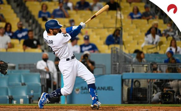 Chris Taylor batea para unos Dodgers que son los favoritos por las casas de apuestas para ganar la MLB 2021.