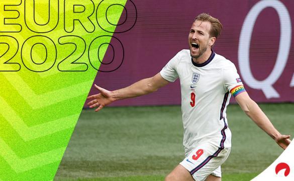 Harry Kane celebra un gol en la Euro 2020. Conoce las cuotas y los pronósticos del Ucrania vs Inglaterra