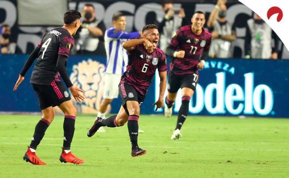 Jonathan Dos Santos (6) marca contra Honduras en la Copa Oro 2021. Conoce los pronósticos del México vs Canadá.