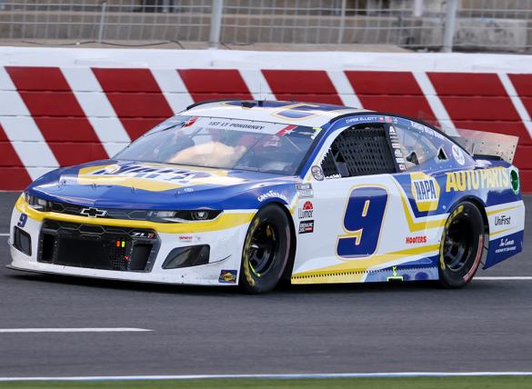 Chase Elliott is the favorite in the Go Bowling at the Glen odds.