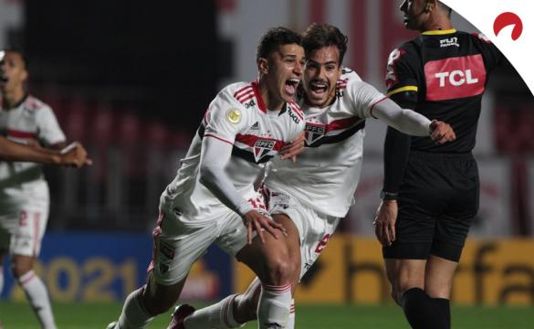 São Paulo tem disputa acirrada contra Palmeiras na Libertadores!