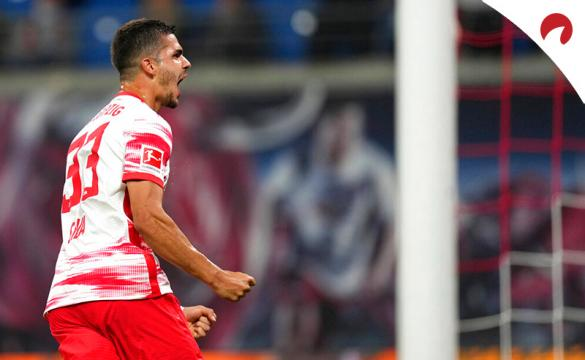André Silva celebra un gol en la Bundesliga. Conoce las cuotas y pronósticos del Wolfsburgo Vs RB Leipzig.