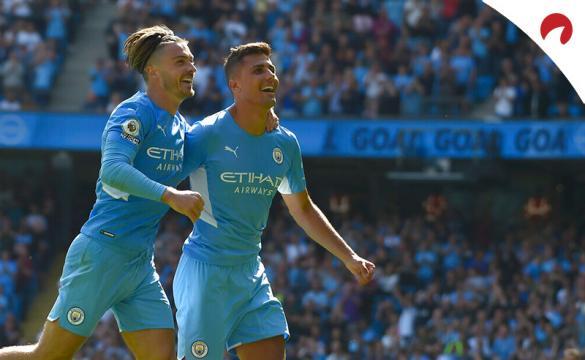 Grealish (izq.) y Rodri (der.) celebran un gol en la Premier. Conoce los pronósticos del Leicester Vs Manchester City