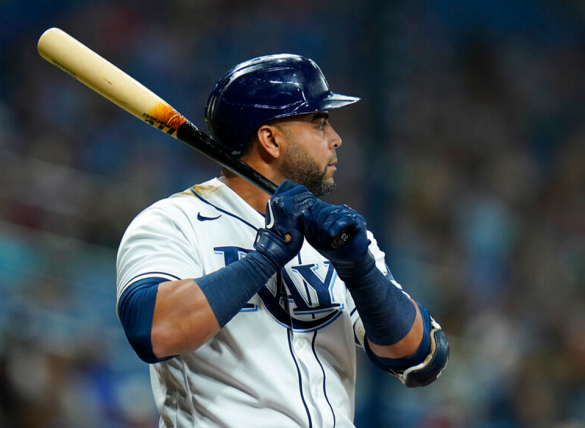 Nelson Cruz leads the Rays attack against the Blue Jays