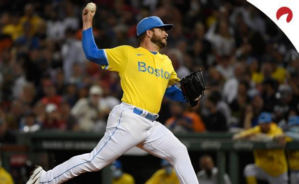 Ryan Braiser lanza para los Boston Red Sox, principales favoritos cuotas para conseguir un comodín en la MLB.
