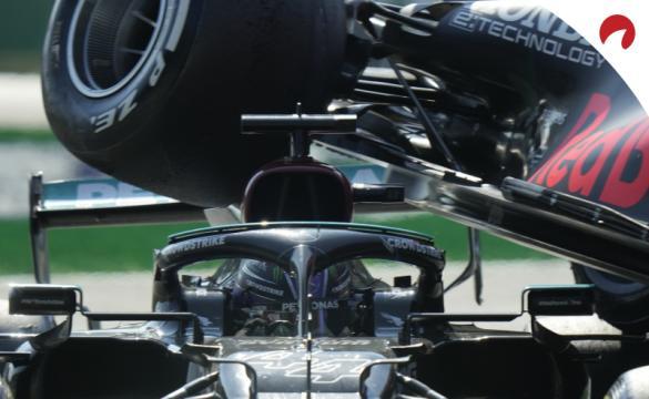 Hamilton e Verstappen disputam ferrenhamente a F1 2021.