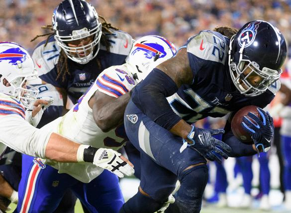 Derrick Henry and the Titans are underdogs in NFL betting odds visiting the Chiefs on Sunday.