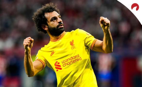 Mohamed Salah celebra un gol. Conoce las cuotas y los pronósticos del Manchester United Vs Liverpool.