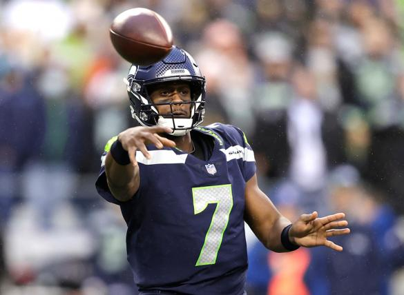 Geno Smith's Seahawks are favored in the Jacksonville vs Seattle odds for Week 8.